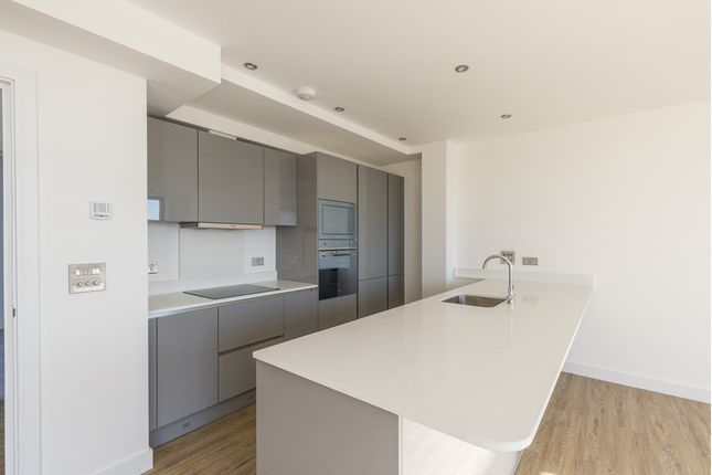 Thumbnail Flat for sale in Cranbrook Road, Ilford