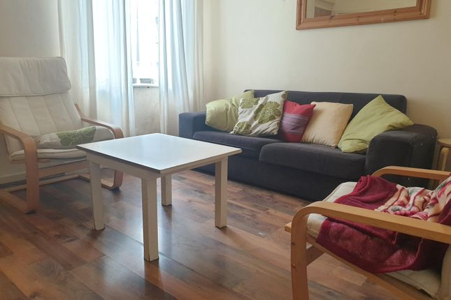 4 bed end terrace house to rent in Heald Place, Rusholme, Manchester M14