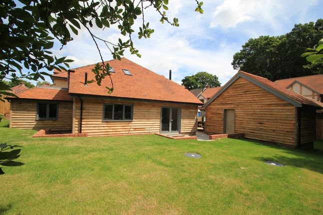 4 bed semi-detached house for sale in Cedar Close, Northiam, East Sussex