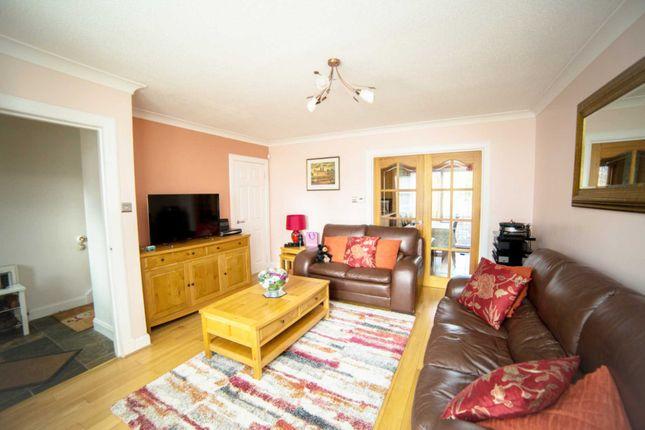 Thumbnail Terraced house for sale in Lade Court, Lochwinnoch