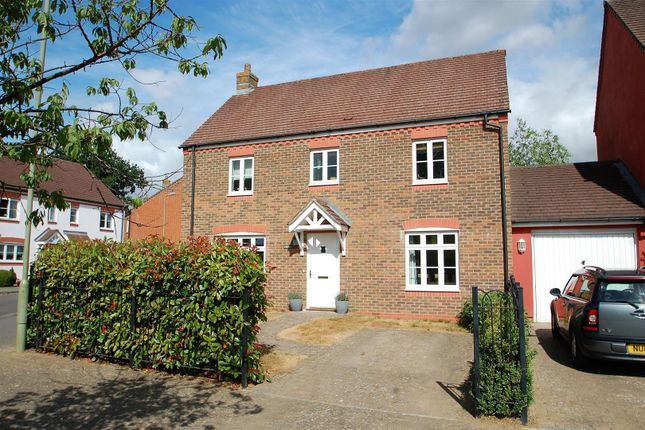 Thumbnail Link-detached house for sale in Barentin Way, Petersfield
