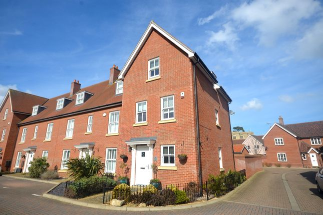 Thumbnail Town house for sale in Brownrigg Drive, Bocking, Braintree