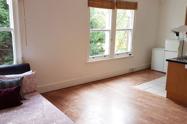 Studio to rent in Montrell Road, Clapham South, London