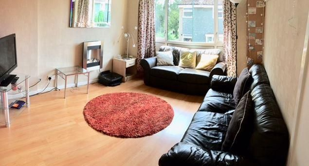 Thumbnail Semi-detached house to rent in Leeson Walk, Harborne, Birmingham