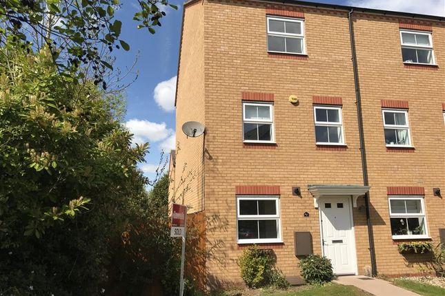 Thumbnail Town house to rent in Jardine Close, Stourbridge