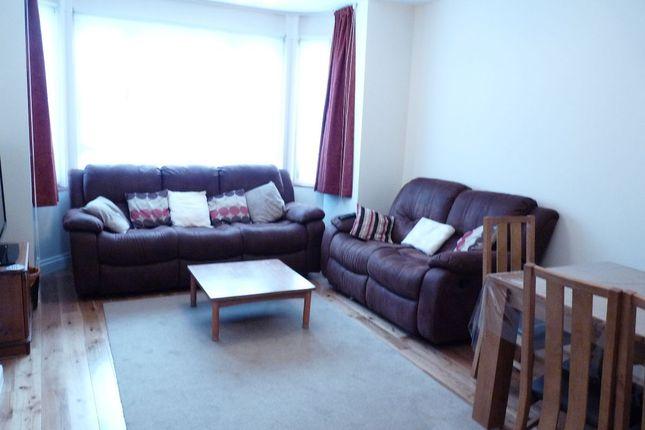 Thumbnail Room to rent in Aldershot Road, Kilburn, London