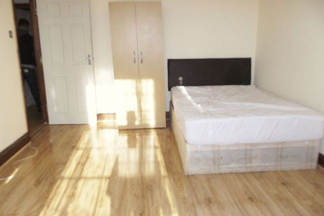 Room to rent in Westbury Road, Cranbrook, Ilford