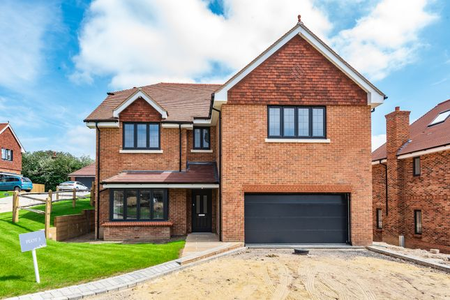 5 bed detached house for sale in Holme Hill, Upton Grey, Basingstoke, Hampshire RG25