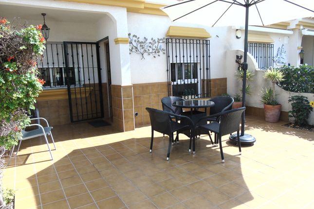 Bungalow for sale in Calle Las Dalias, Orihuela Costa, Alicante, Valencia, Spain
