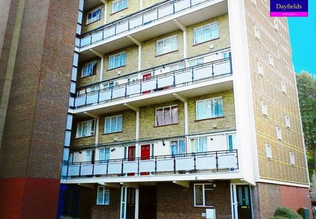 Thumbnail Flat for sale in Gilpin Crescent, London
