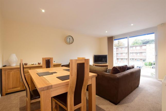 Thumbnail Flat for sale in Grand Avenue, Worthing, West Sussex