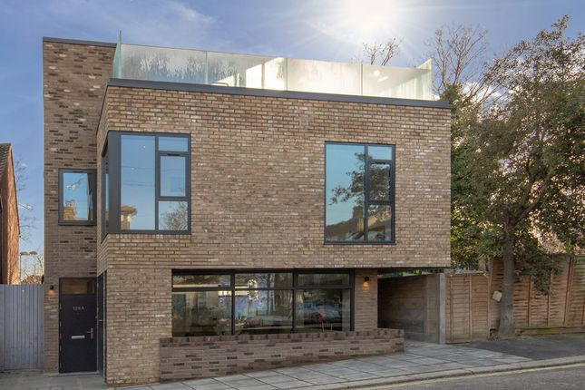 Thumbnail Detached house for sale in Crofton Road, Camberwell