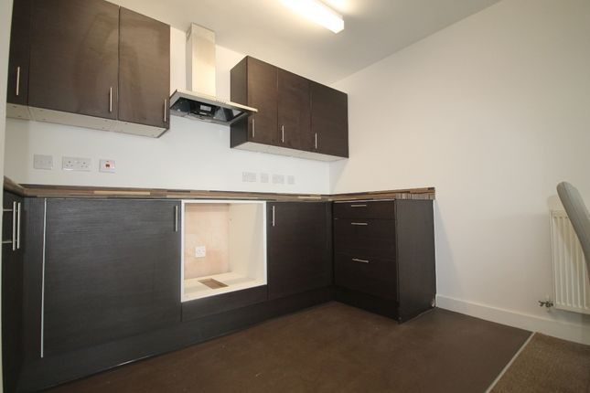 Kitchen of Carriage Grove, Bootle L20