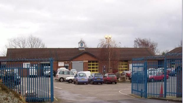Thumbnail Light industrial to let in Unit F5, Bersham Enterprise Centre, Plas Grono Road, Wrexham