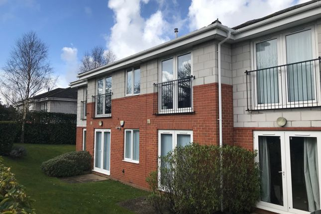 Thumbnail Flat to rent in Oakdale Road, Poole