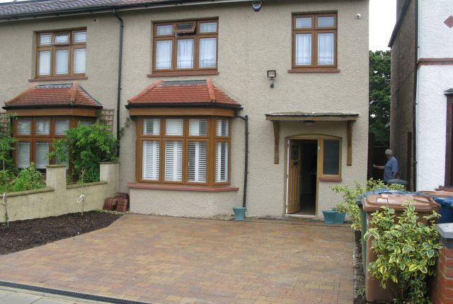 Thumbnail Semi-detached house to rent in Whitchurch Gardens, Edgware Middlesex