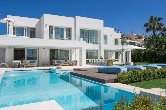 Thumbnail Villa for sale in Marbella, 29600, Spain