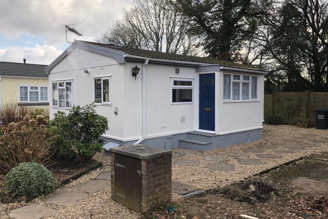 Thumbnail Land to rent in Chandlers Lane, Chandlers Cross, Rickmansworth