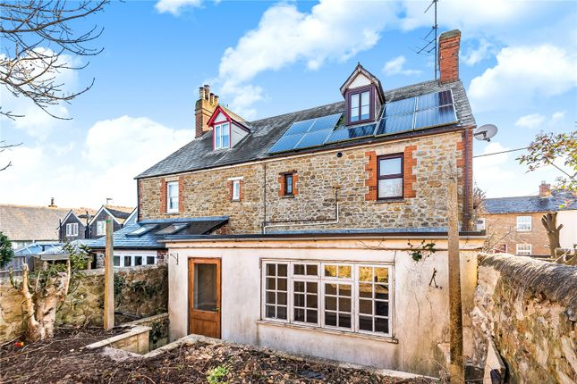 Flat for sale in Faringdon, Oxfordshire