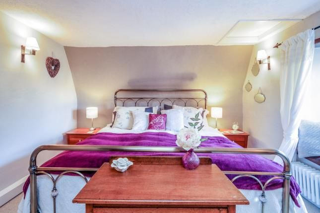 Master Bedroom of Bell End, Wollaston, Northamptonshire, England NN29