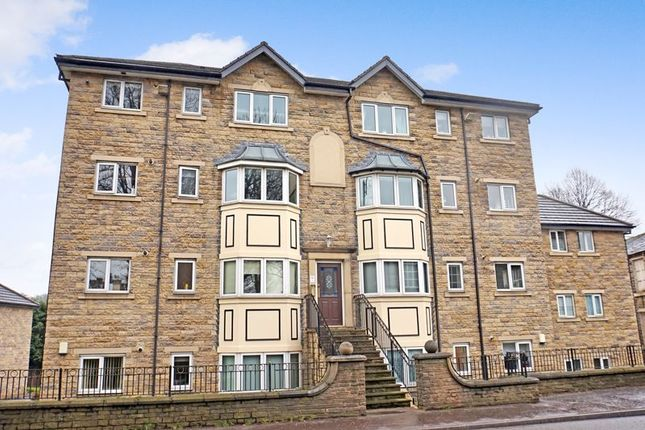 2 bed flat to rent in Dunstan Grove, Gomersal, Cleckheaton BD19