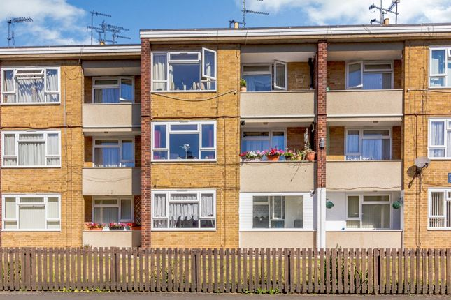 Thumbnail Flat for sale in Edinburgh Road, Oldbury, West Midlands