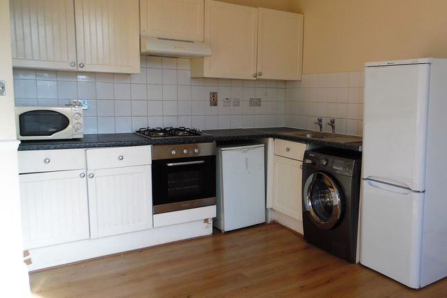 Thumbnail Flat to rent in Brighton Terrace, Brixton