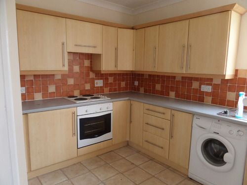 Thumbnail Flat to rent in Crowwood Road, Airdrie