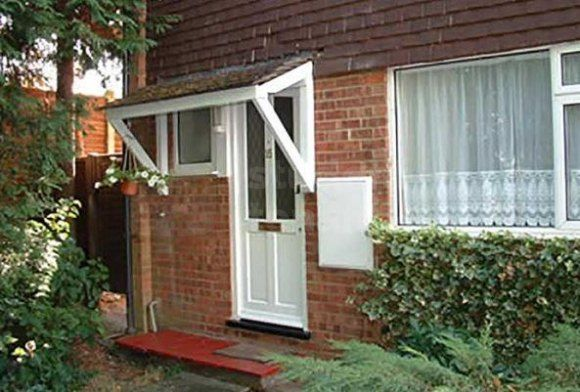 Thumbnail Shared accommodation to rent in Stewards Rise, Farnham, Surrey