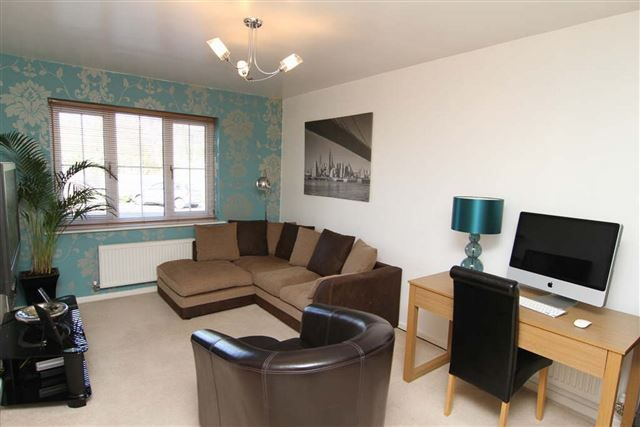 Flat to rent in St. Matthews Close, Renishaw, Sheffield