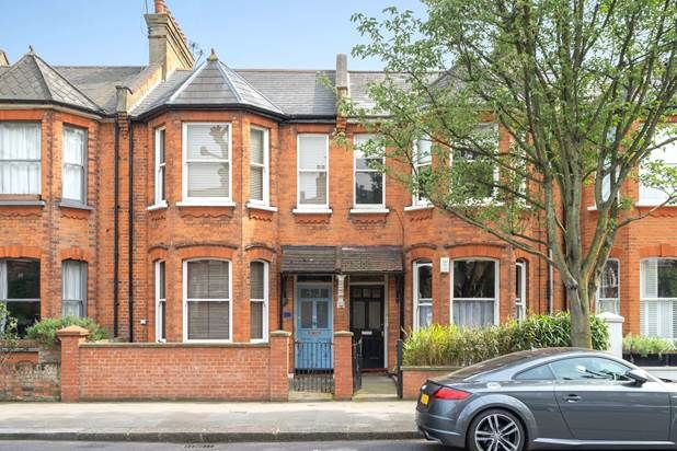 Oxford Gardens, London W10, 2 bedroom flat for sale ...