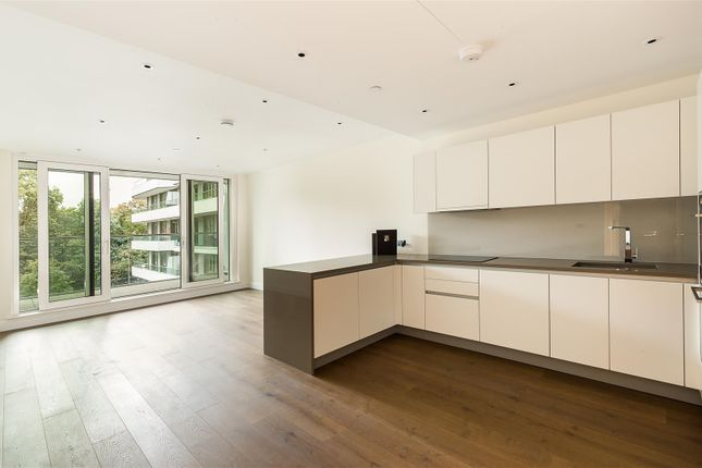Thumbnail Flat for sale in 342 Queenstown Road, London