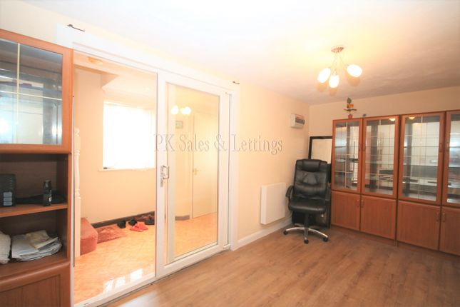Thumbnail End terrace house to rent in St Andrews Close, Thamesmead