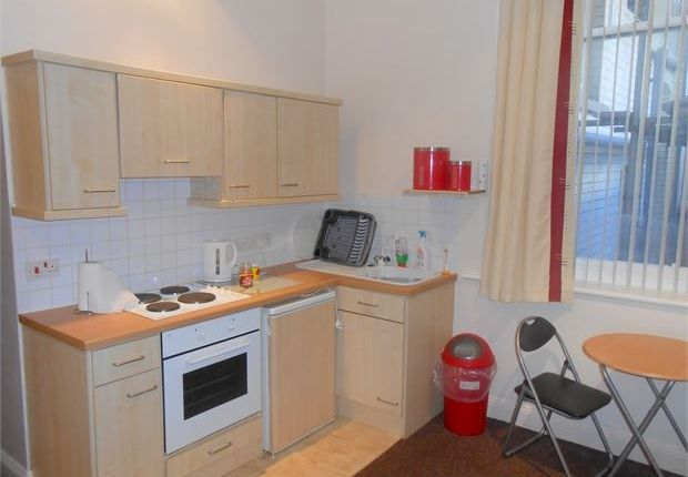 Flat to rent in Cambrian Place, Maritime Quarter, Swansea