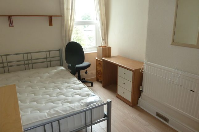 Thumbnail Room to rent in Scotforth Road, Lancaster