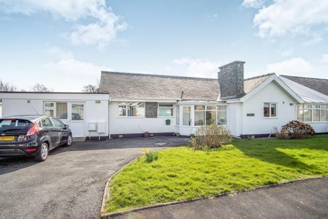 Thumbnail Bungalow for sale in Erwenni, Ala Road, Pwllheli, Gwynedd