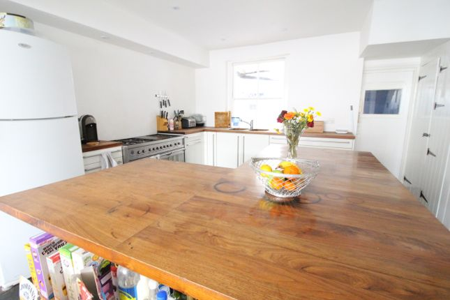 Thumbnail Town house for sale in St. Nicholas Road, Brighton