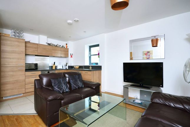 Thumbnail Flat to rent in Zenith Building, Limehouse