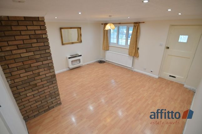 Thumbnail Town house to rent in Burton Close, Oadby, Leicester