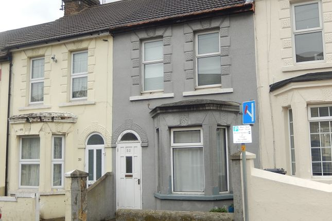 3 bed terraced house for sale in Belmont Road, Gillingham, Kent.