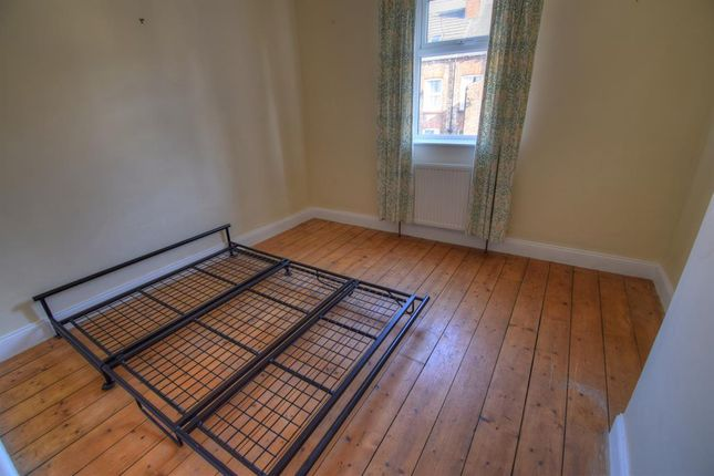 Bed 3 of St. Georges Avenue, Bridlington YO15