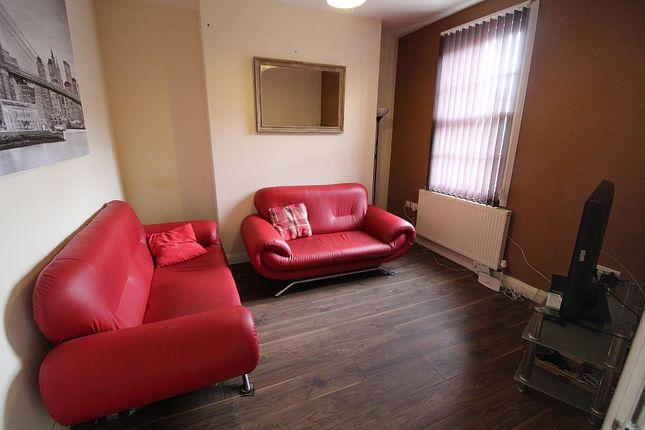 Thumbnail Flat to rent in St Wilfrids, Preston