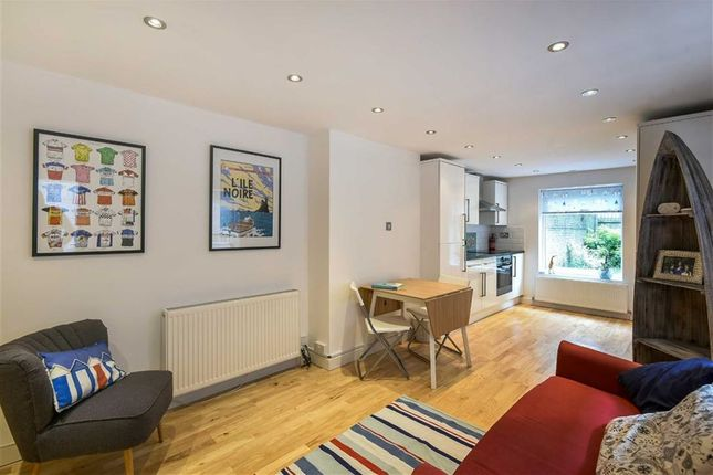 Thumbnail Flat to rent in Shenley Road, Camberwell