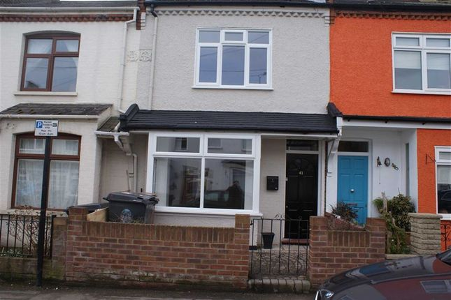 2 bed terraced house to rent in Stanley Road, London, Chingford