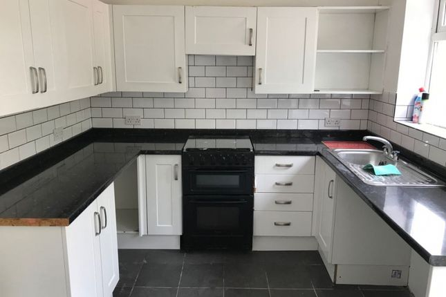 Thumbnail Semi-detached house to rent in Halsway, Hayes