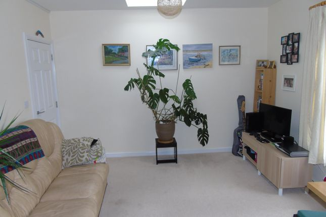 Thumbnail Property to rent in Station Road, Llanishen, Cardiff