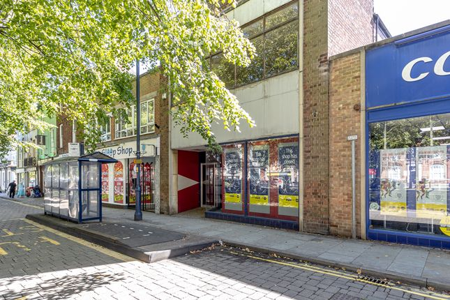 Thumbnail Retail premises to let in Wide Bargate, Lincolnshire