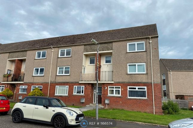 3 bed flat to rent in Warwickhill Road, Kilmarnock KA1