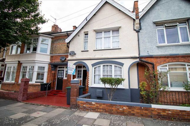 Thumbnail Terraced house for sale in Russell Avenue, London