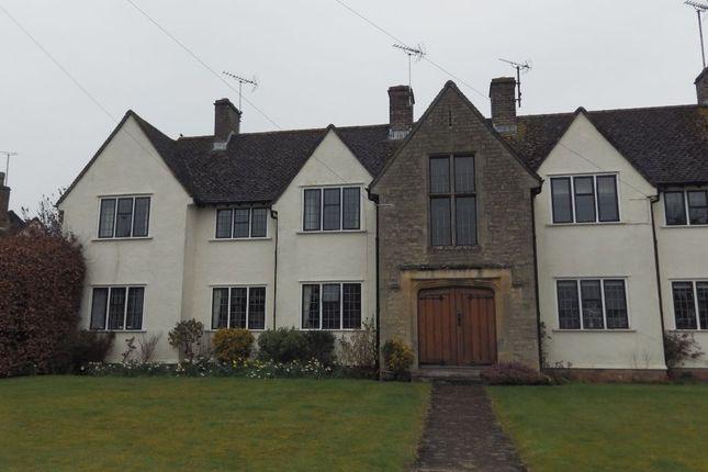 Thumbnail Flat to rent in Shepherds Way, Cirencester